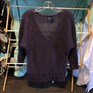 💋AMERICAN EAGLE OUTFITTERS SWEATER
